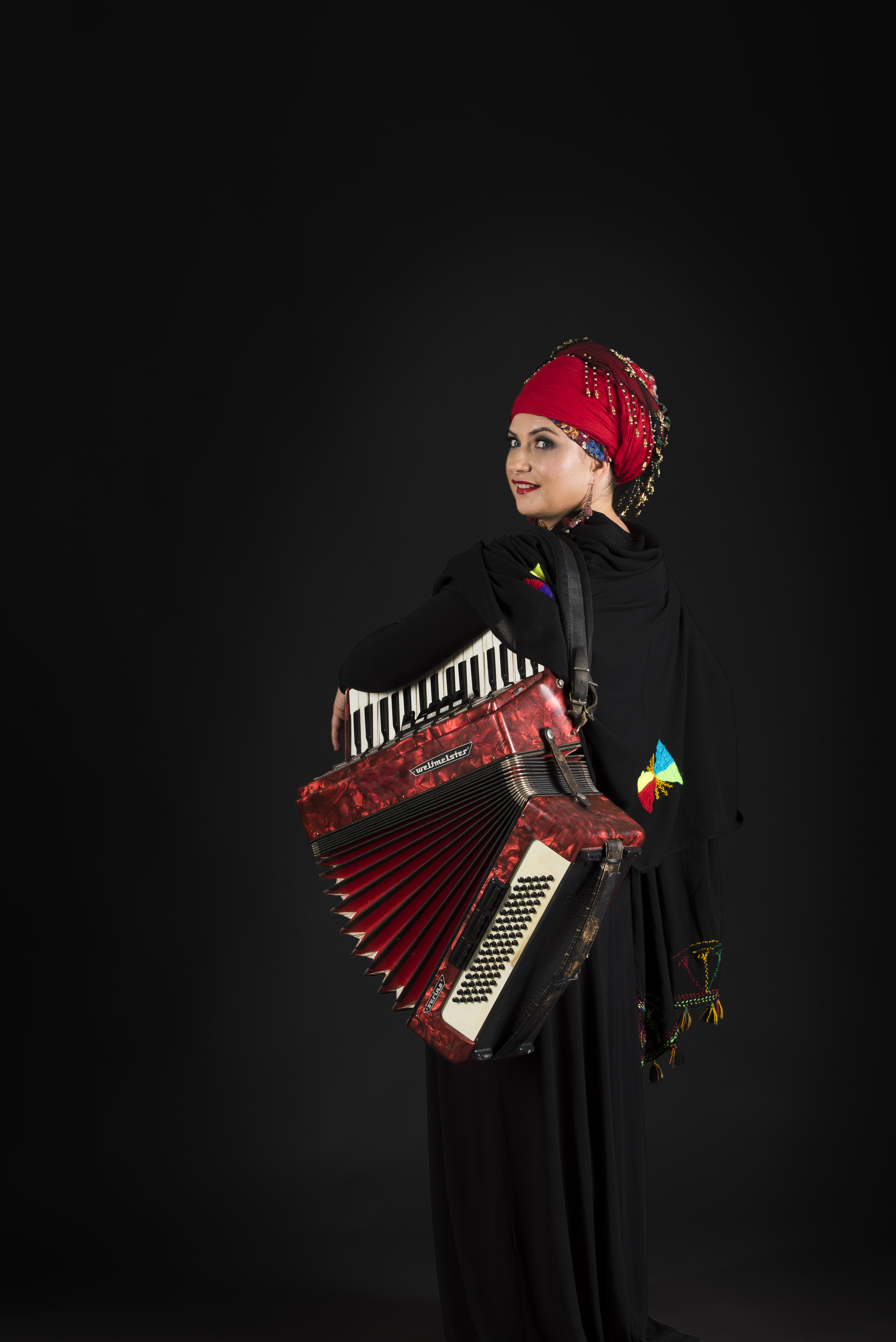 balkan folk music free download